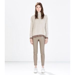 😍NWT Zara Basic Faux Leather Leggings in Khaki